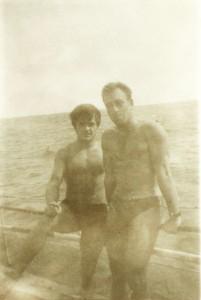 Dr. Glicherie Caraivan (stânga) şi comandorul Constantin Scarlat la bordul unei nave de cercetare în 1968
